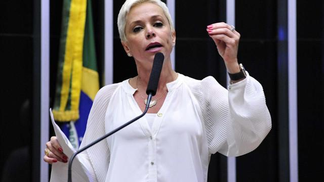 Cristiane Brasil é autorizada a ver Roberto Jefferson no Dia dos Pais
