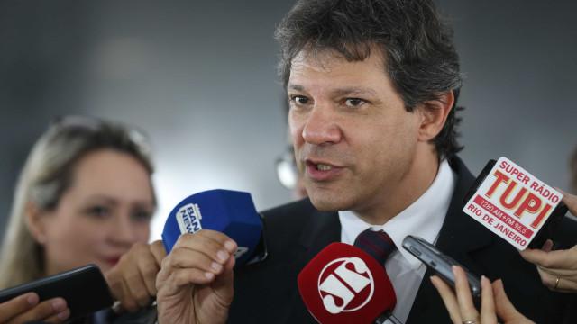 PT deflagra plano B e oficializa Haddad como vice de Lula ao Planalto