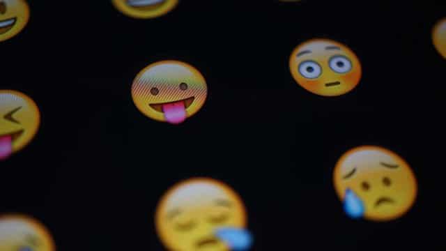 Relembre as 'polêmicas' que marcaram as transformações dos emojis
