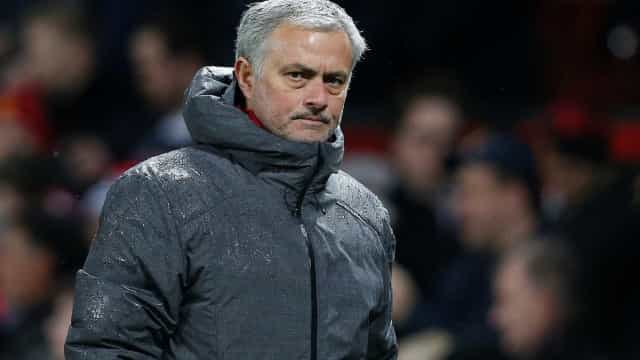 Jose Mourinho critica Chelsea por causa da demissão de Frank Lampard