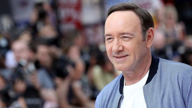 Acusador de Kevin Spacey desiste de ação contra ator por abuso sexual