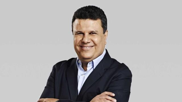Téo José assina com o SBT para narrar Libertadores