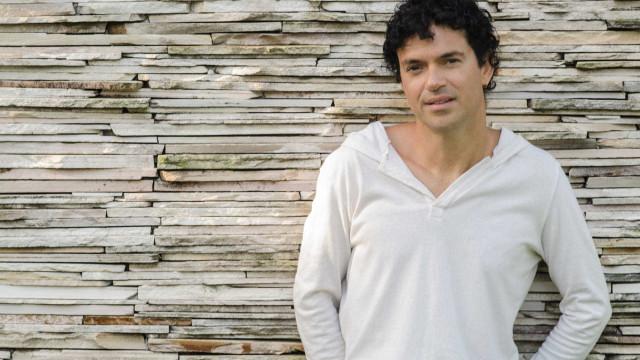 Jorge Vercillo diz que mercado digital de música 'paga mal e explora artistas'