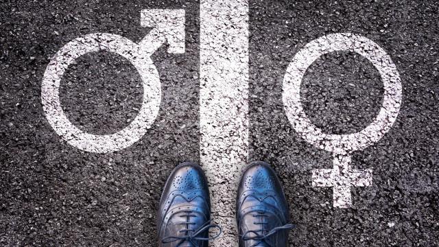 Idade para transgêneros terem acesso a cirurgia é reduzida para 18 anos