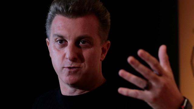 Fronteiras da decência foram ultrapassadas, diz Huck sobre Bolsonaro