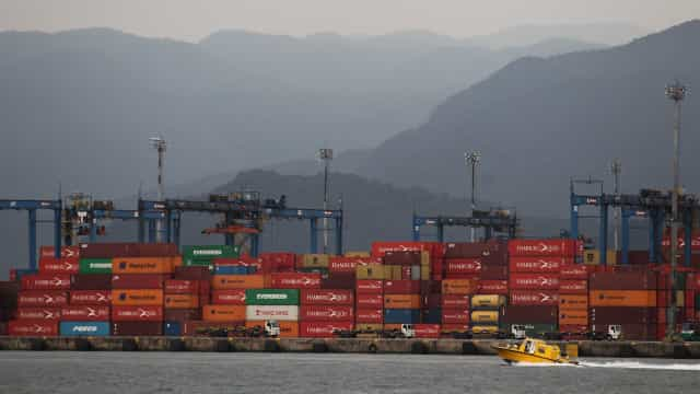 Raízen, Ipiranga e BR vencem leilão de 4 terminais portuários