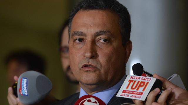 Aeroporto expõe tensão de Bolsonaro com políticos do Nordeste