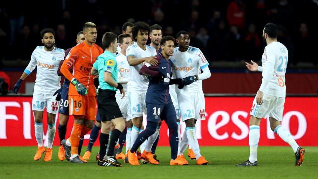 Pai de atacante do Marselha diz ser melhor jogar contra PSG sem Neymar