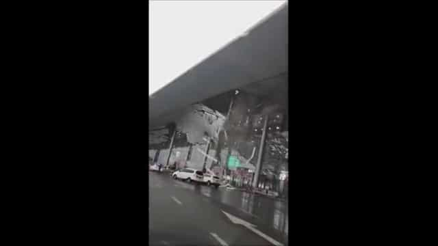 Vento de 130Km/h destelha aeroporto na China; vídeo