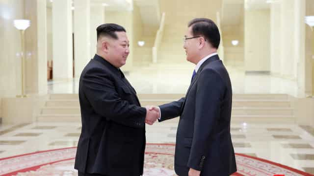 Coreia do Norte se mostra disposta a renunciar arma atômica