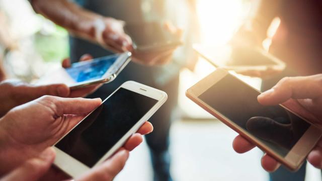 Passa muito tempo no celular? Isso pode prejudicar sua saúde!