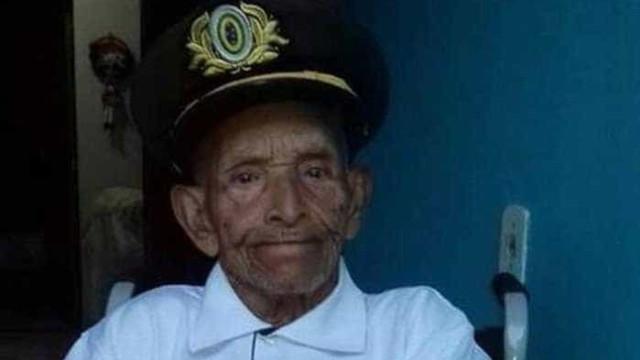 Um dos homens mais velhos do Brasil completa 117 anos