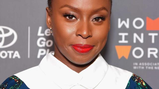 Se inspire no estilo da escritora Chimamanda Ngozi Adichie