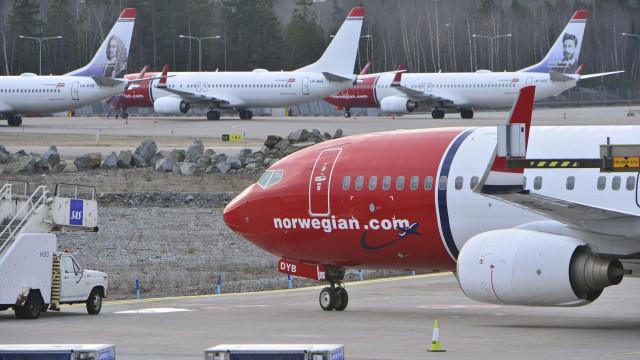 Avião com 169 passageiros faz pouso de emergência após ameaça de bomba