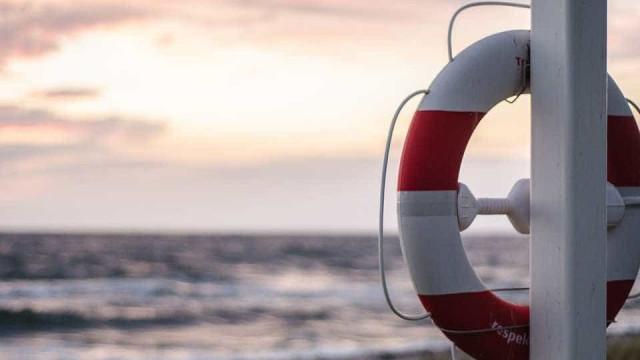 Passa de cem número de mortos em naufrágio no Iraque