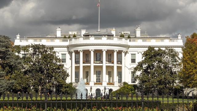 Casa Branca desmente ataque iminente à Síria e diz ter 'outras opções'