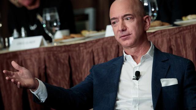 Jeff Bezos: conheça a história do homem mais rico do mundo