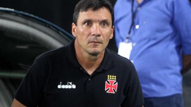Zé Ricardo exalta evolução do Vasco em 2º tempo: 'Parecia outra equipe'