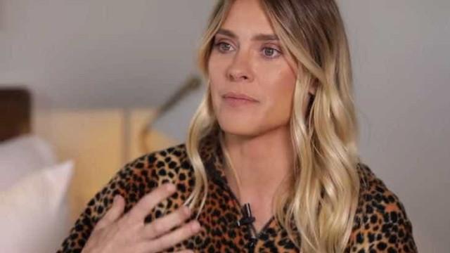 'Me sinto sem idade', diz Carol Dieckmann sobre rotina nos EUA