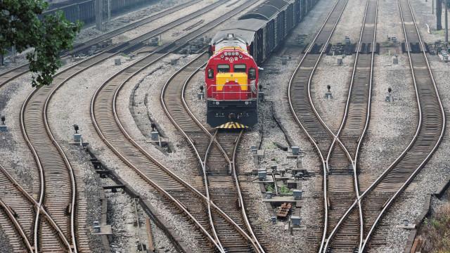 Colisão entre trens na Alemanha deixa vários feridos