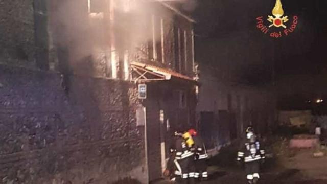 Incêndio em pub na Itália deixa 2 mortos