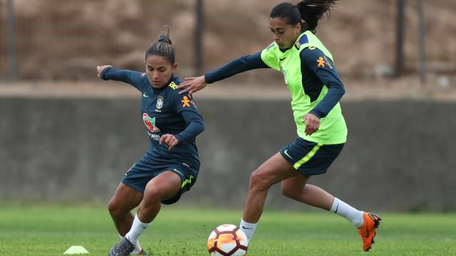 Seleção Feminina volta aos treinos antes de jogo contra a Venezuela