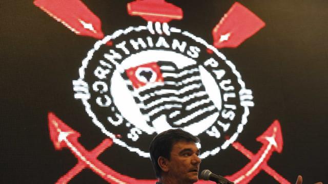 Presidente do Corinthians marca reuniões para decidir sobre Juninho