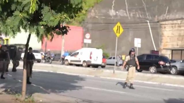 Em Minas, polícia usa gás lacrimogênio em protesto pacífico pró-Lula