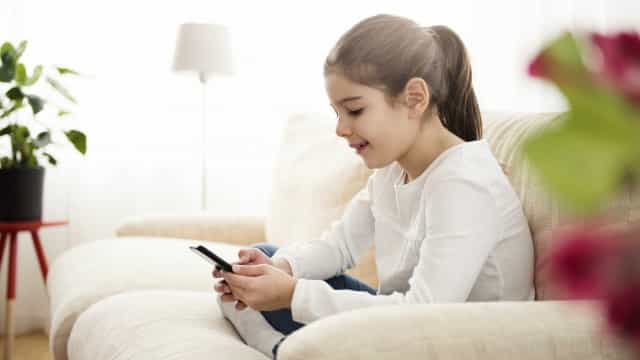Facebook lança 'messenger para crianças' controlado pelos pais
