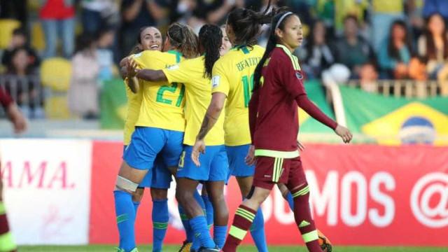 Seleção feminina goleia a Venezuela e se classifica na Copa América