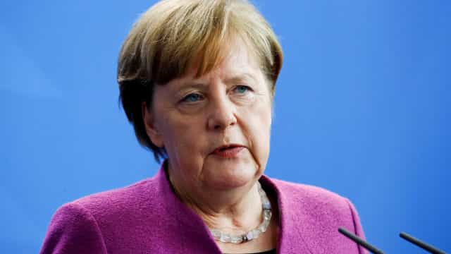 Merkel: preocupação com atuação de Bolsonaro no desmatamento do Brasi