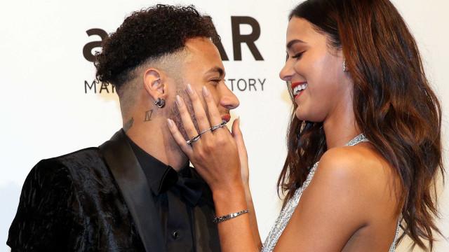 Bruna Marquezine abre o jogo e confirma término de namoro com Neymar