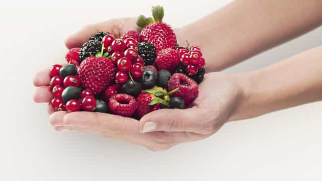 11 alimentos antioxidantes para envelhecer devagar (e bem)