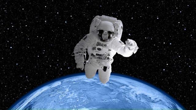 4 mil se inscrevem para 1º corpo de astronautas dos Emirados Árabes