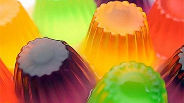Para vender ou dar de presente: aprenda a fazer sabonete de gelatina