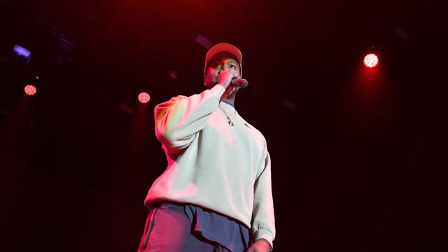Kanye West anuncia lançamento de dois álbuns em junho