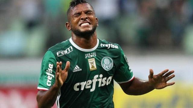 Com problema no joelho, Borja desfalca o Palmeiras contra o CSA