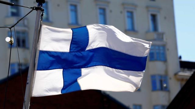 Dinheiro de graça não incentiva busca de emprego na Finlândia