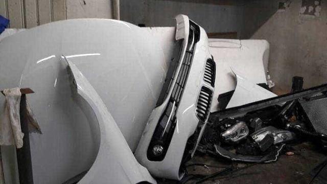 Desmanche ilegal de carros de luxo é descoberto em São Paulo