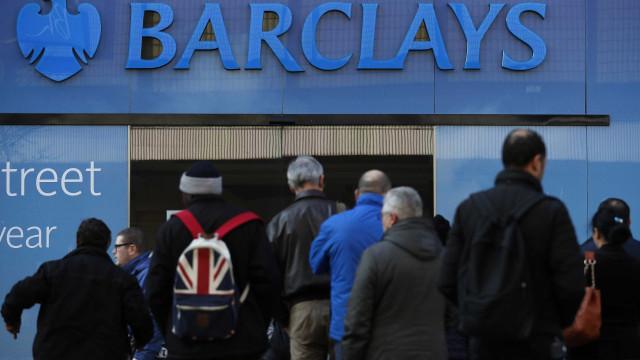 Barclays tem prejuízo de 764 milhões de libras no primeiro trimestre