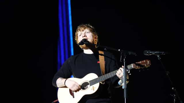 'Shape of You', de Ed Sheeran, bate recorde no Spotify