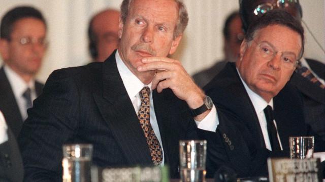 Morre aos 72 anos Álvaro Azrú, ex-presidente da Guatemala