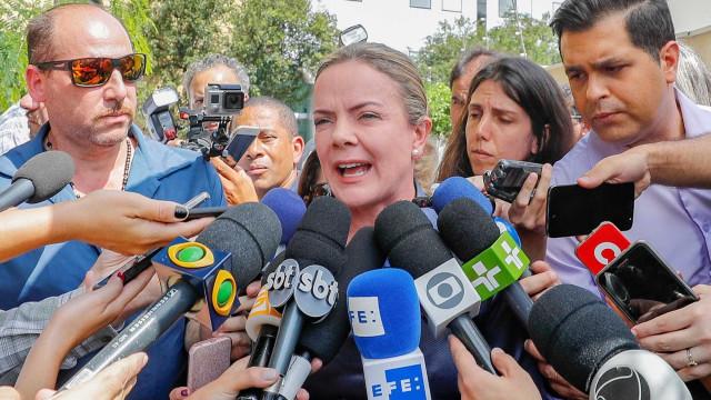 Gleisi culpa Lava Jato e Moro por ataque contra acampamento pró-Lula