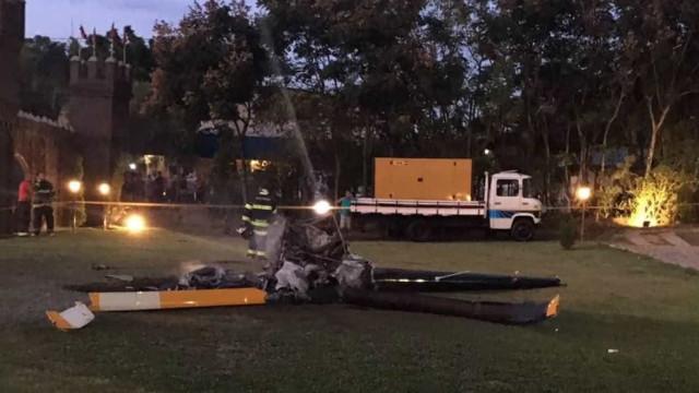 Noiva teve menos de 1 minuto para deixar helicóptero que explodiu