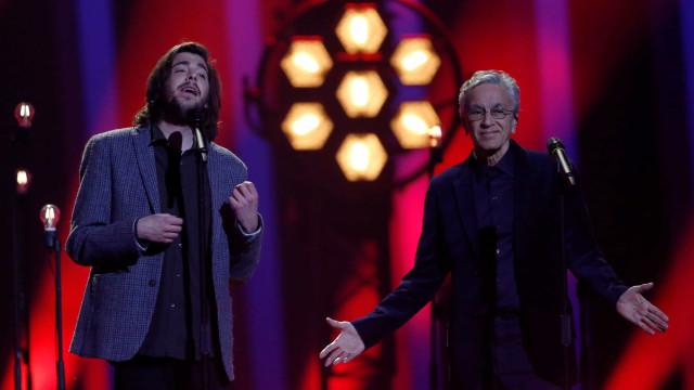 Caetano Veloso faz participação especial na Eurovisão