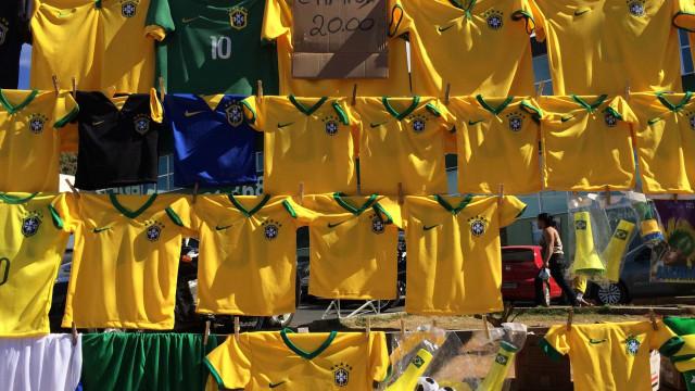 Copa do Mundo ainda não agita o comércio nas ruas do Rio