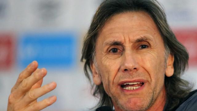 Gareca reconhece superioridade brasileira e exalta evolução do Peru