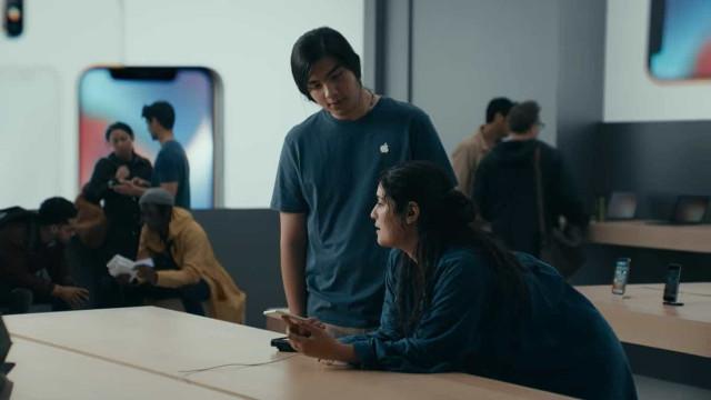 Samsung lança comercial do Galaxy S9 com duras críticas à Apple