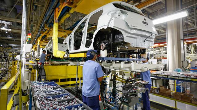 PIB cresce 1,6% no trimestre encerrado em agosto, mostra FGV