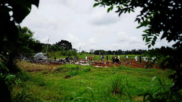 México suspende companhia de avião que caiu em Cuba